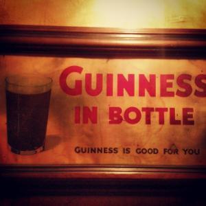 Devitts Pub Dublin - Pub wall sign