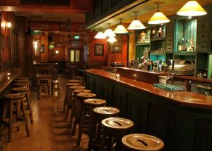 Devitts Pub Dublin - upstairs lounge